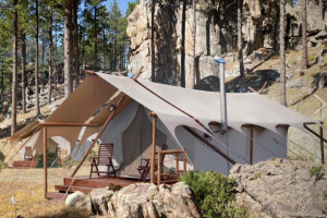 Mt. Rushmore Under Canvas - Luxury Camping